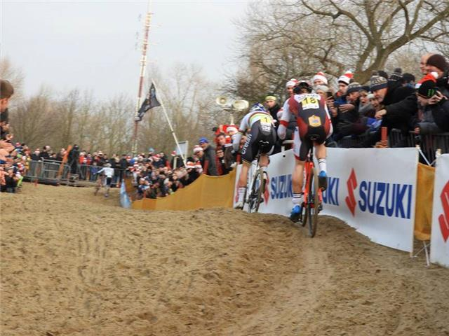 After a great fight Laurens took silver at the Belgium Championships Elite Men Cyclocross